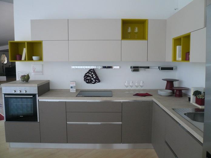 Essenza lube - Cucina frigo libera installazione ...